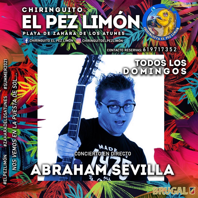 Actuación de Abraham Sevilla en el Chiringuito El Pez Limón