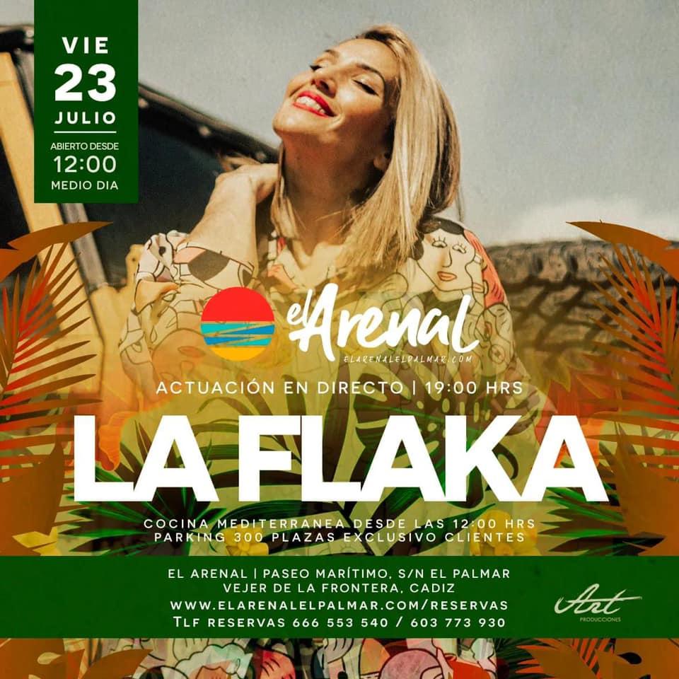 Actuación de La Flaka en el Chiringuito El Arenal
