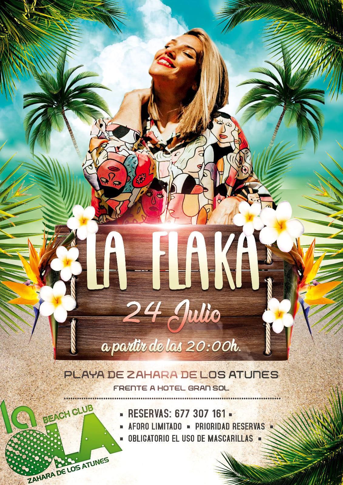 Actuación de La Flaka en el chiringuito La Ola Beach