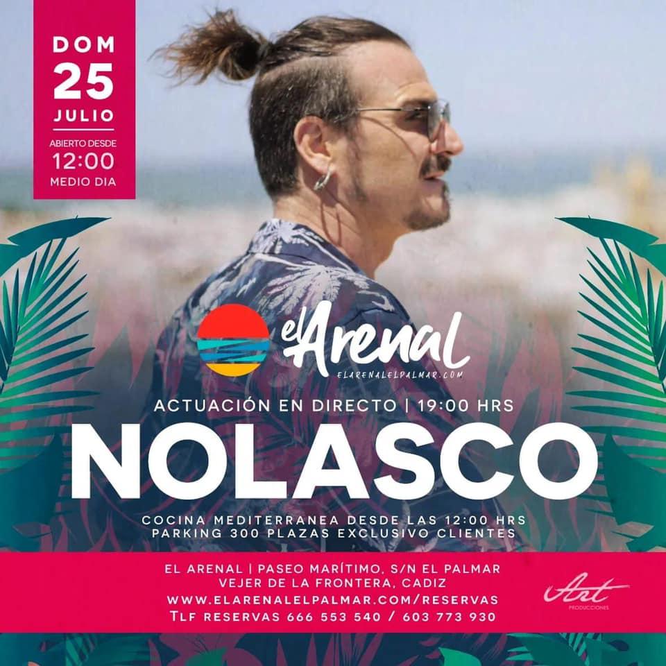Actuación de Nolasco en el Chiringuito El Arenal