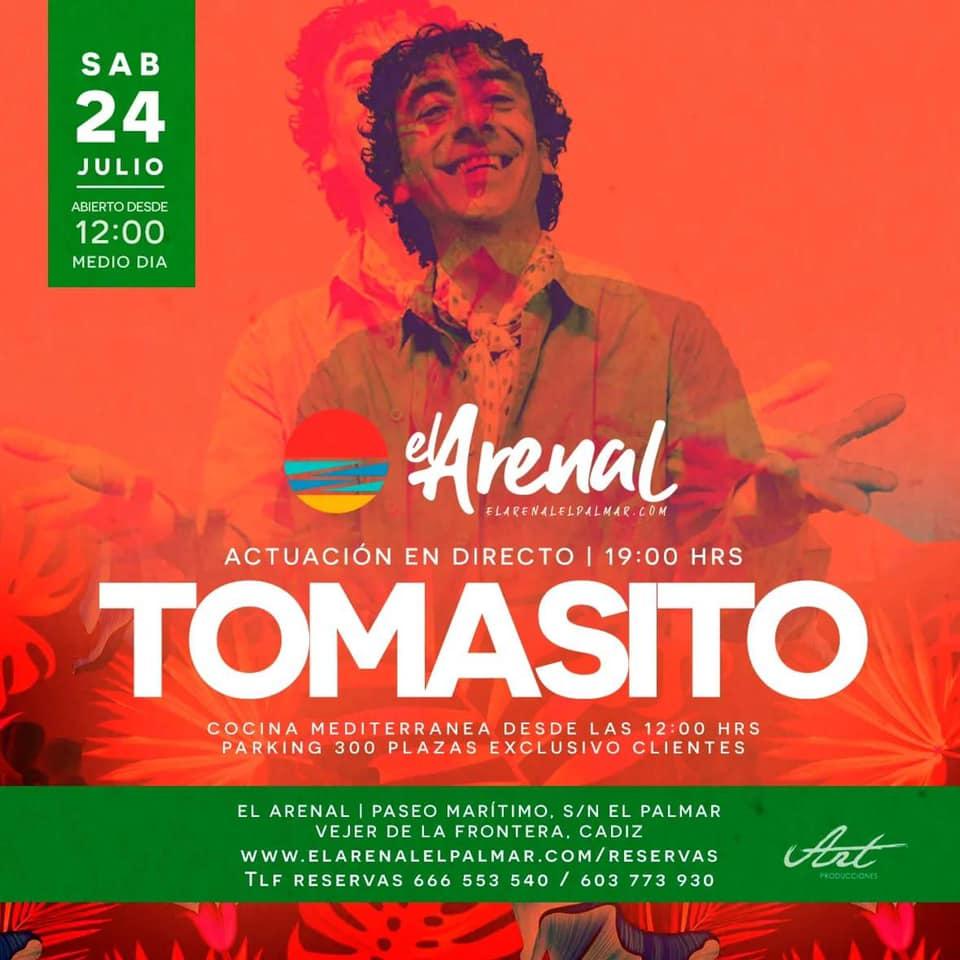 Actuación de Tomasito en el Chiringuito El Arenal