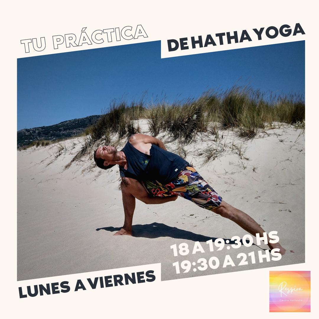 Yoga por las tardes en Respira Centro Holístico Tarifa